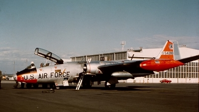 Photo ID 133954 by Robert W. Karlosky. USA Air Force Martin EB 57E Canberra, 55 4280
