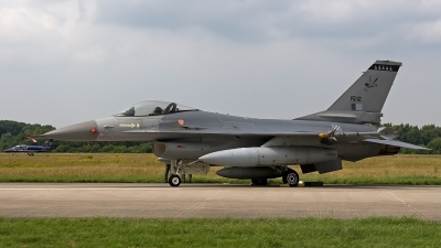Photo ID 131258 by Jan Eenling. Portugal Air Force General Dynamics F 16A Fighting Falcon, 15112
