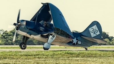 Photo ID 132385 by David Franks. Private Commemorative Air Force Curtiss SB2C 5 Helldiver, NX92879