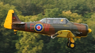 Photo ID 132333 by Florian Morasch. Private Private North American Harvard IV, D FAME