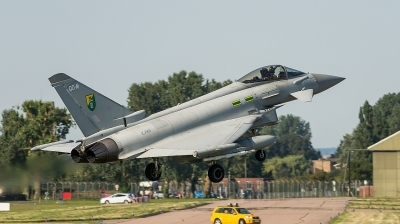 Photo ID 132370 by Simon Johnson. UK Air Force Eurofighter EF 2000 Typhoon F2, ZJ913