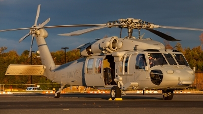 Photo ID 132526 by Jonathan Derden - Jetwash Images. USA Navy Sikorsky MH 60S Knighthawk S 70A, 168552