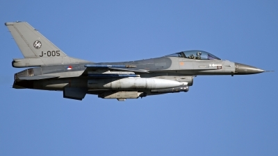 Photo ID 133088 by Niels Roman / VORTEX-images. Netherlands Air Force General Dynamics F 16AM Fighting Falcon, J 005