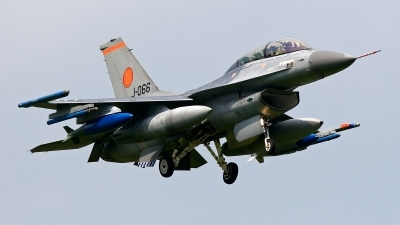 Photo ID 133162 by Jan Eenling. Netherlands Air Force General Dynamics F 16BM Fighting Falcon, J 066