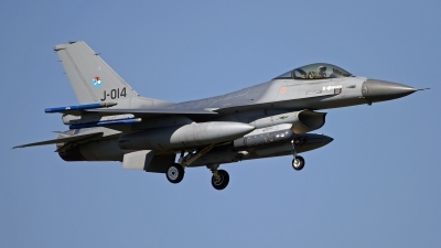 Photo ID 133768 by Niels Roman / VORTEX-images. Netherlands Air Force General Dynamics F 16AM Fighting Falcon, J 014