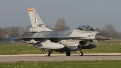 Photo ID 133989 by Hans den Uyl. Netherlands Air Force General Dynamics F 16AM Fighting Falcon, J 367