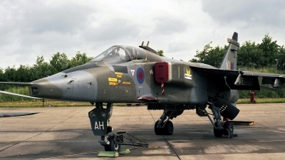 Photo ID 134432 by Peter Terlouw. UK Air Force Sepecat Jaguar GR1, XZ356