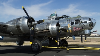 Photo ID 134396 by Thomas Ziegler - Aviation-Media. Private Commemorative Air Force Boeing B 17G Flying Fortress 299P, N9323Z