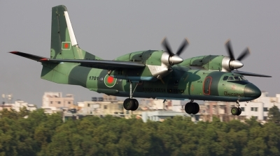 Photo ID 134388 by Andreas Zeitler - Flying-Wings. Bangladesh Air Force Antonov An 32A, 1701