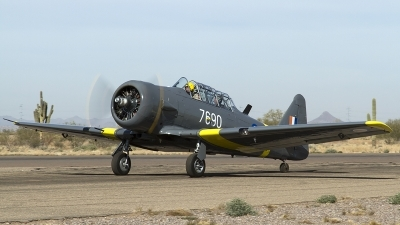 Photo ID 134554 by Thomas Ziegler - Aviation-Media. Private Private North American AT 6B Texan, N76BZ