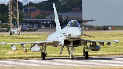 Photo ID 135194 by Chris Albutt. UK Air Force Eurofighter EF 2000 Typhoon FGR4, ZJ925