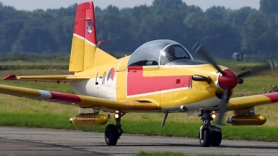Photo ID 17518 by Walter Van Bel. Netherlands Air Force Pilatus PC 7 Turbo Trainer, L 11