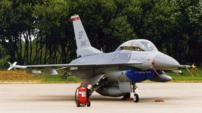 Photo ID 136340 by Jan Eenling. USA Air Force General Dynamics F 16D Fighting Falcon, 90 0846