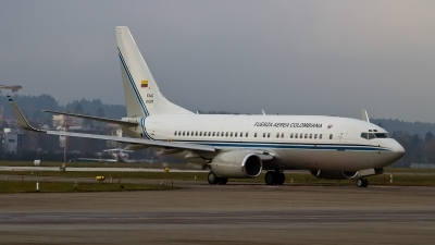 Photo ID 135394 by Roel Kusters. Colombia Air Force Boeing 737 74V BBJ, FAC0001