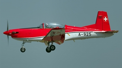 Photo ID 135900 by Chris Albutt. Switzerland Air Force Pilatus NCPC 7 Turbo Trainer, A 925