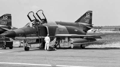 Photo ID 17800 by Eric Tammer. USA Air Force McDonnell Douglas RF 4C Phantom II, 66 0423