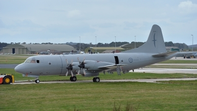 Photo ID 138786 by Lieuwe Hofstra. New Zealand Air Force Lockheed P 3K Orion, NZ4203