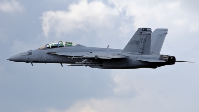 Photo ID 140888 by Gennaro Montagna. USA Navy Boeing F A 18F Super Hornet, 166790