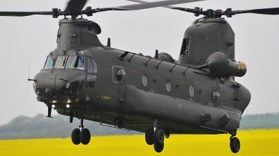 Photo ID 139640 by frank van de waardenburg. UK Air Force Boeing Vertol Chinook HC2, ZH777