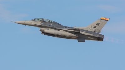 Photo ID 139704 by Steven Valinski. USA Air Force General Dynamics F 16D Fighting Falcon, 87 0381