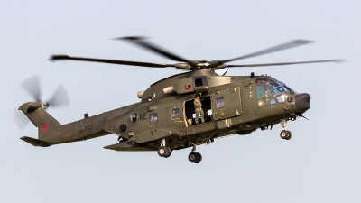 Photo ID 140579 by Craig Wise. UK Air Force Agusta Westland Merlin HC3A Mk512, ZJ998
