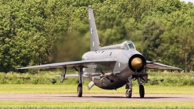 Photo ID 140775 by Stuart Thurtle. Private Private English Electric Lightning F6, XR728