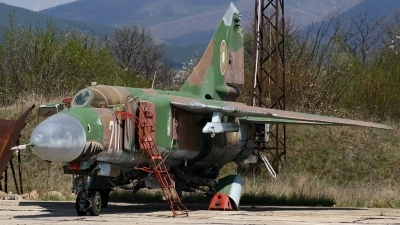 Photo ID 18331 by Emil Dyulgerov - BGspotters. Bulgaria Air Force Mikoyan Gurevich MIG 23MLD, 211