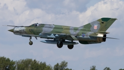 Photo ID 140907 by Chris Lofting. Croatia Air Force Mikoyan Gurevich MiG 21bisD, 121