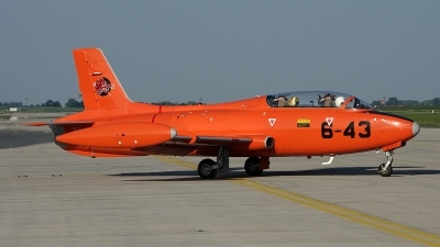 Photo ID 140898 by Jan Czonstke. Private Private Aermacchi MB 326E, I RVEG