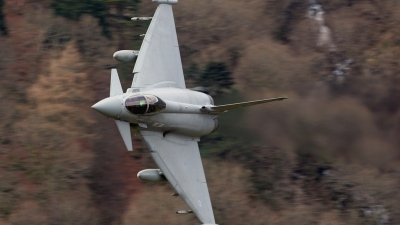 Photo ID 18418 by Scott Rathbone. UK Air Force Eurofighter EF 2000 Typhoon F2, ZJ928