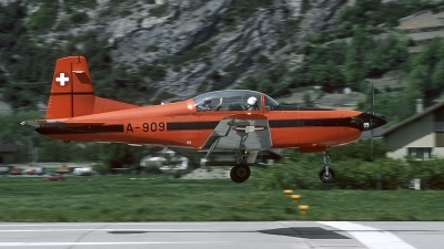 Photo ID 141807 by Joop de Groot. Switzerland Air Force Pilatus PC 7 Turbo Trainer, A 909