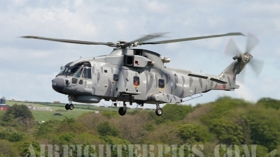 Photo ID 186 by Alastair T. Gardiner. UK Navy AgustaWestland EH 101 Merlin HM1 Mk111, ZH860