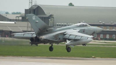 Photo ID 1863 by Martin Patch. UK Air Force Panavia Tornado F3, ZE165