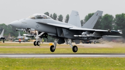 Photo ID 143145 by Alex van Noye. USA Navy Boeing F A 18F Super Hornet, 168890