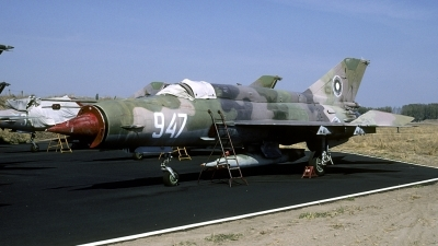 Photo ID 143291 by Joop de Groot. Bulgaria Air Force Mikoyan Gurevich MiG 21bis SAU, 947