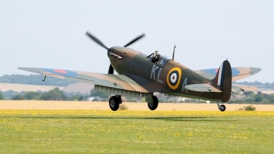 Photo ID 143502 by Stuart Thurtle. Private Private Supermarine 300 Spitfire Mk1A, G CGUK