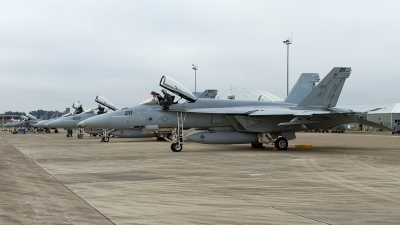 Photo ID 143641 by Russell Hill. USA Navy Boeing F A 18E Super Hornet, 166427