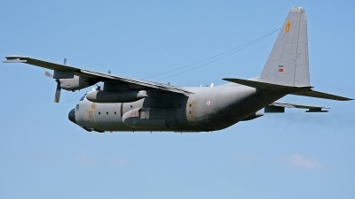 Photo ID 144143 by Jan Eenling. Portugal Air Force Lockheed C 130H Hercules L 382, 16804