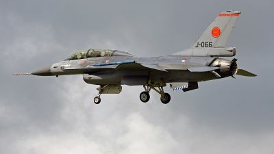 Photo ID 144095 by Jan Eenling. Netherlands Air Force General Dynamics F 16BM Fighting Falcon, J 066