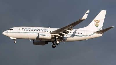 Photo ID 144374 by Bartolomé Fernández. South Africa Air Force Boeing 737 7ED BBJ, ZS RSA