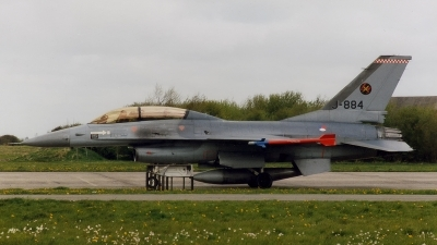 Photo ID 145710 by Jan Eenling. Netherlands Air Force General Dynamics F 16B Fighting Falcon, J 884