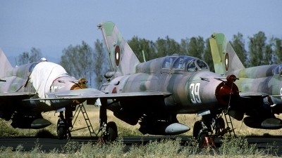 Photo ID 145431 by Joop de Groot. Bulgaria Air Force Mikoyan Gurevich MiG 21UM, 39
