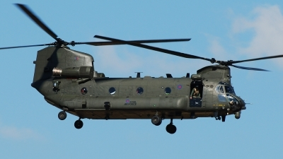 Photo ID 145506 by Alex D. Maras. UK Air Force Boeing Vertol Chinook HC4, ZA704