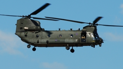 Photo ID 145505 by Alex D. Maras. UK Air Force Boeing Vertol Chinook HC4, ZA711