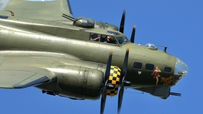 Photo ID 146122 by Martin Thoeni - Powerplanes. Private B 17 Preservation Ltd Boeing B 17G Flying Fortress 299P, G BEDF