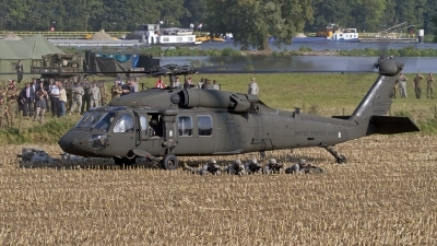 Photo ID 146638 by Niels Roman / VORTEX-images. USA Army Sikorsky UH 60A C Black Hawk S 70A, 88 26037
