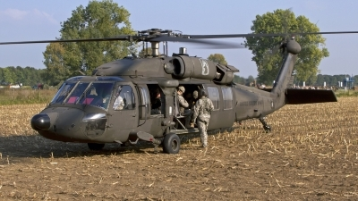 Photo ID 146877 by Niels Roman / VORTEX-images. USA Army Sikorsky UH 60A C Black Hawk S 70A, 83 23875