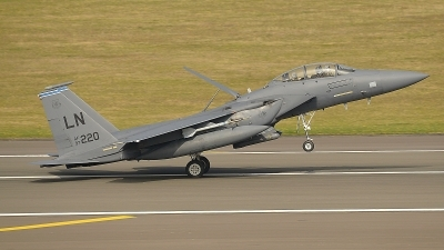 Photo ID 147300 by Peter Boschert. USA Air Force McDonnell Douglas F 15E Strike Eagle, 97 0220