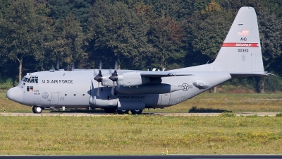 Photo ID 147693 by Mark Broekhans. USA Air Force Lockheed C 130H Hercules L 382, 80 0320