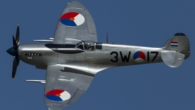 Photo ID 148409 by Thomas Ziegler - Aviation-Media. Private Stichting Koninklijke Luchtmacht Historische Vlucht Supermarine 361 Spitfire Mk9, PH OUQ